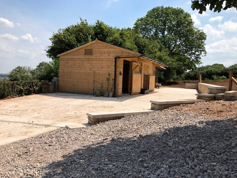 Horse and Pony Stables. Stonewalls. Stable yard 1